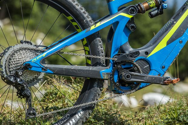 EM-Pivot-Shuttle-2018-Pivot_Launch_Aug_2017_Mountainbike_low-17.jpg