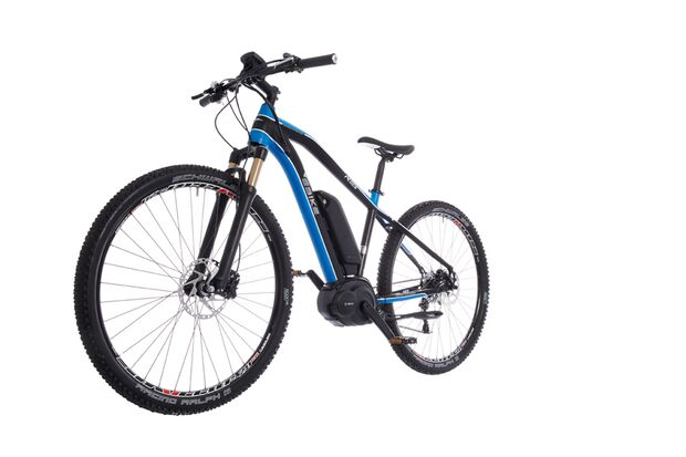 UB-Ebike-Advanced-R003-blau-schwarz-Freisteller-2 (jpg)