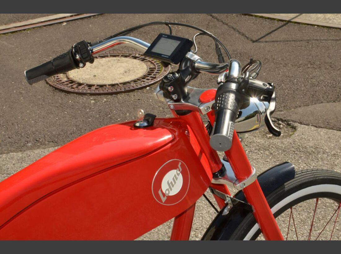 UB-Lohner-Stroler-E-Bike-Moped-Cockpit-rot (jpg)