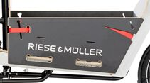 UB_Riese_und_Mueller_2017_3_packster_17_Packster_touring_60_light_grey_packbox_detail.jpg