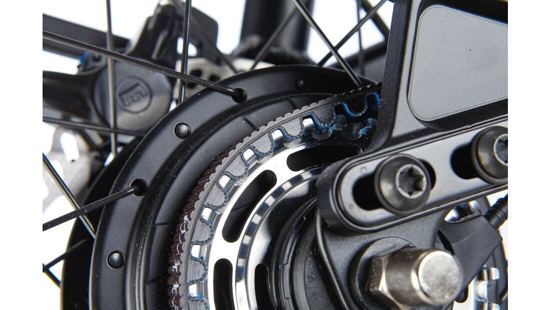 ub-2018-test-commuter-riese-muller-supercharger-gh-nuvinci-008 (jpg)