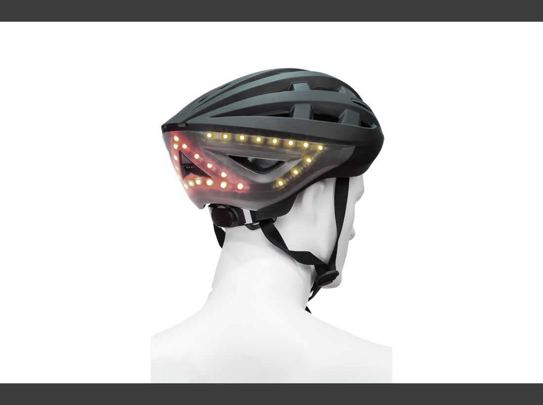 ub-eurobike-awards-2016-gold-award-lumos-helmet-02 (jpg)