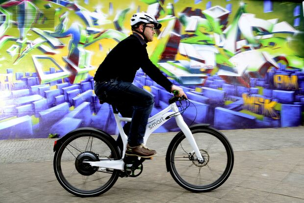 ub-smart-e-bike-test-action-1 (jpg)